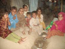220x165-images-stories-pakistan-swat_refugees-1.jpg