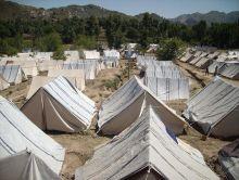 220x166-images-stories-pakistan-swat_refugees-2.jpg