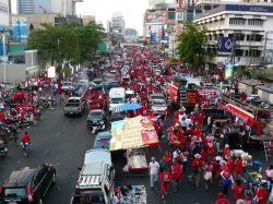 thailand-k_rol2007_-_redshirts_in_bangkok_15_may.jpg
