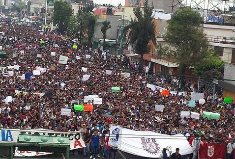 plan de estudios IPN-Zacatenco-ESIA-cambio IPN-protesta IPN-marcha alumnos IPN MILIMA20140925 0284 11 0