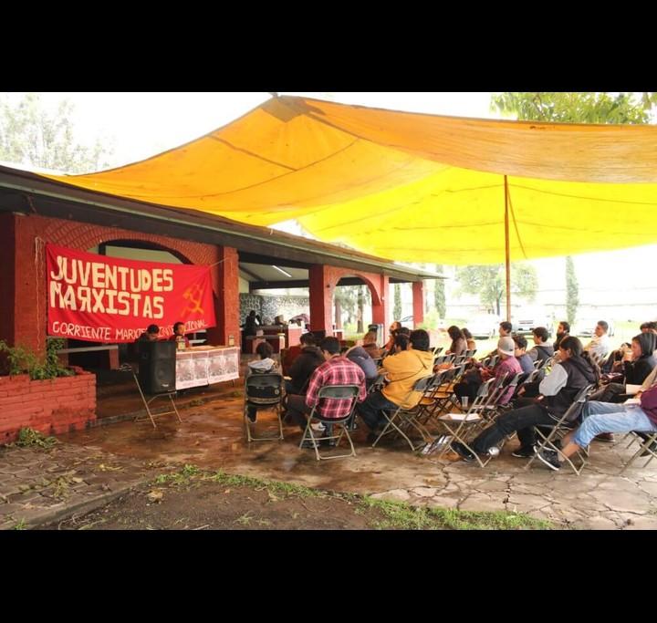 Mexico campamento marxista 3